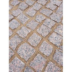 Trinkelės granito raudonos ~10x10x5 cm, kg